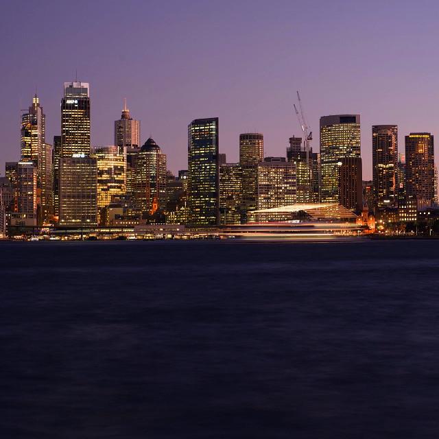 Lights on 🌃    #sydney #australia #sunset #landscape #city #night #longexposure #boat #lights #people #photography #art