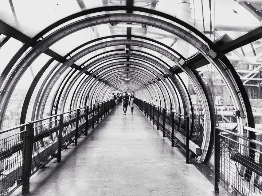 #paris #pompidou  #architecture #black&white  #blackandwhite  #perspective #symmetry #tunnel #prayforparis