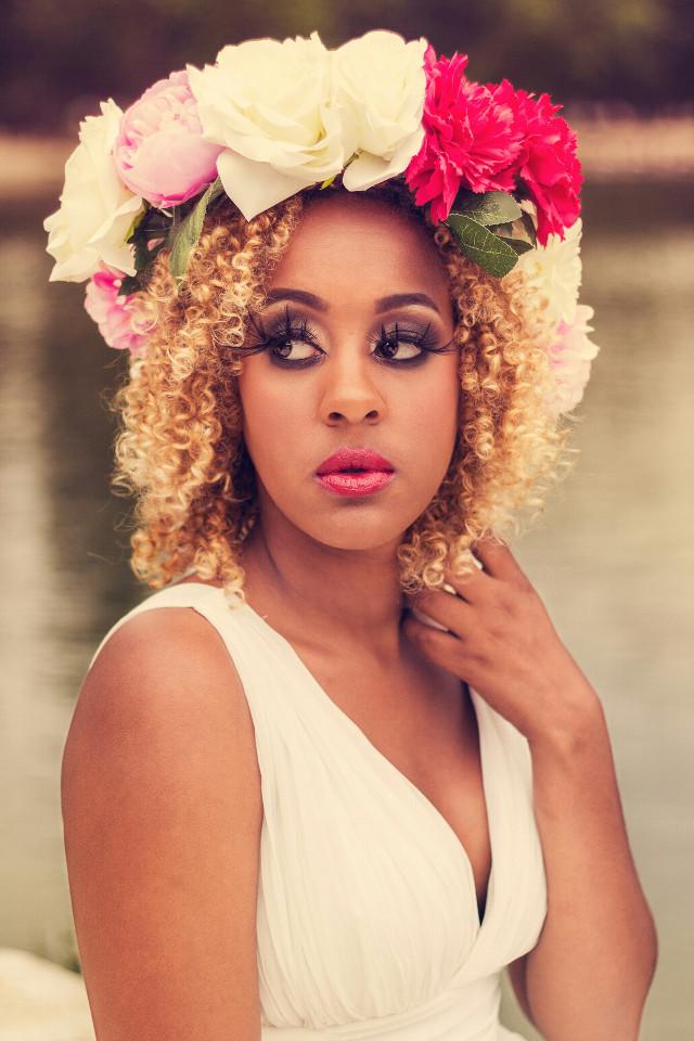 #shooting#modele#couronnedefleurs#robe#white#makeup#photography