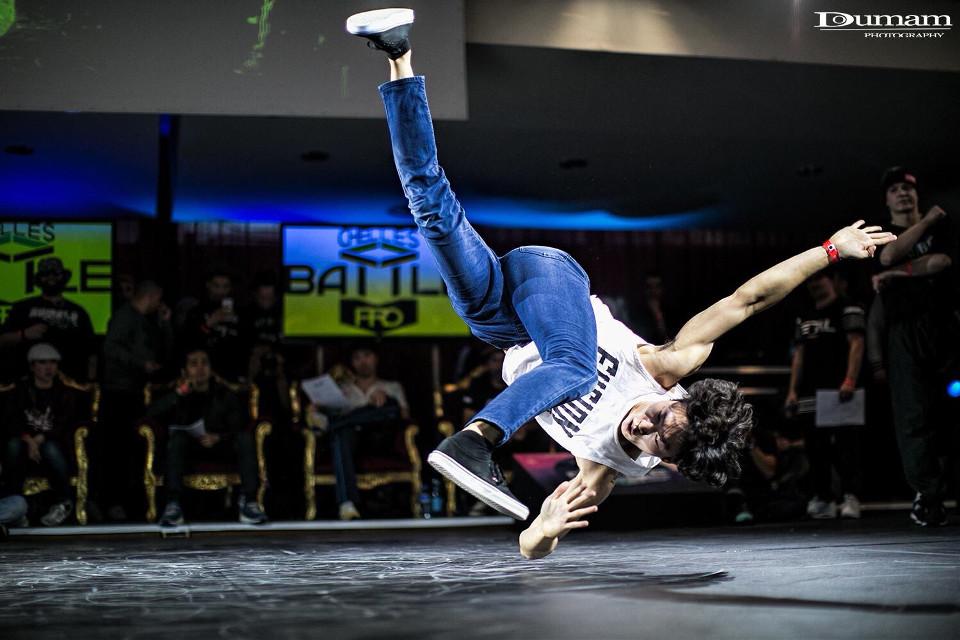 Chelles Battle Pro . Flex Hwang     #movement #bboy #bboying #picsart #picture #dance #france #dancephotography #photography #doumam #doumamphotography #breakdance #picoftheday #photooftheday #battlepro