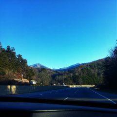crispeffect photosontheroad rural mountains