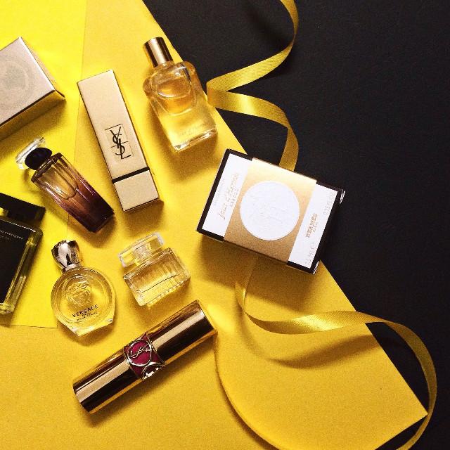 #flatlay #stuff #property #lipsticks #perfume #mini #yellow #black