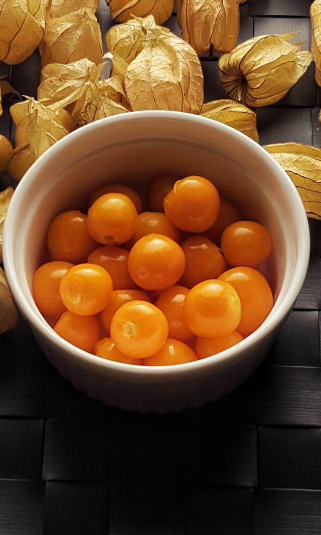 Something orange ……