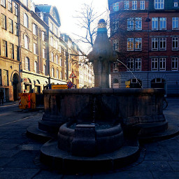 water spring city sun light